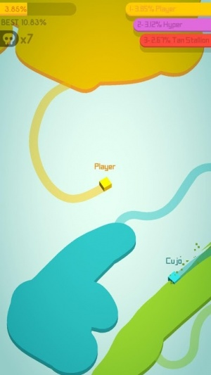 Paper.io 2 review screenshot - Trying to claim territory